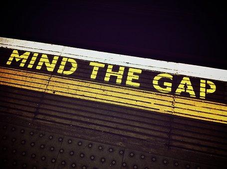 mind-the-gap-1876790__340